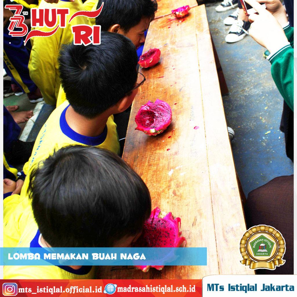 Lomba Memakan Buah Naga - Madrasah Tsanawiyah Istiqlal Jakarta